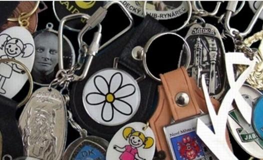 Zakázková kovovýroba Jablonec nad Nisou, výroba odznaků