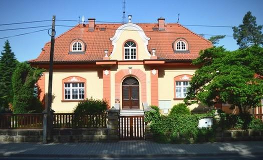Penzion Splavský zámeček Staré Splavy, také ubytování v samostatném domku s terasou