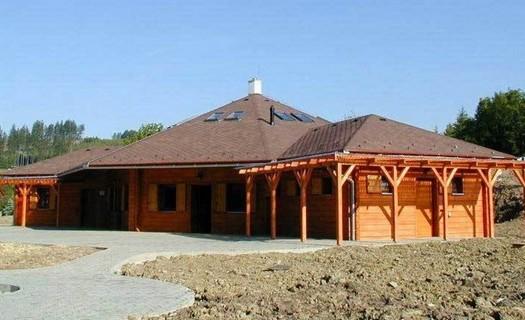 Kompletní stavební práce Kroměříž, výstavba domů na klíč, rekonstrukce domů, půdních vestaveb