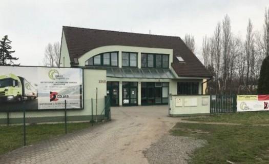 Skladování nákladu, zásilek, zboží Hradec Králové, rozvozy a skladování nákladů v našich skladech