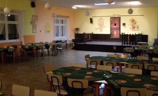 Obec Brod nad Tichou okres Tachov, hostinec Pod Kaštany