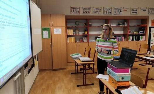 Základní škola a mateřská škola Louka, okres Hodonín, moderně a funkčně zařízené třídy