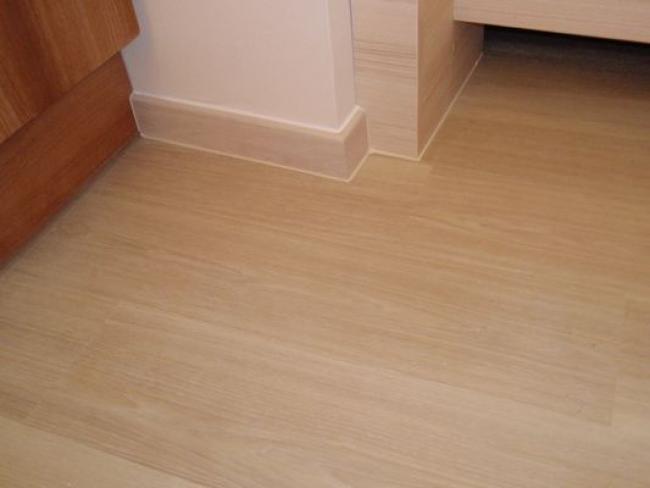 Výstavba podlahy rychle suchou cestou bez betonování - příprava podkladu