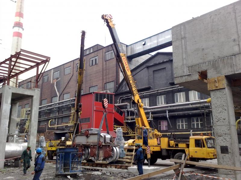 Práce s autojeřáby, práce ve výškách, ořezy stromů Ostrava