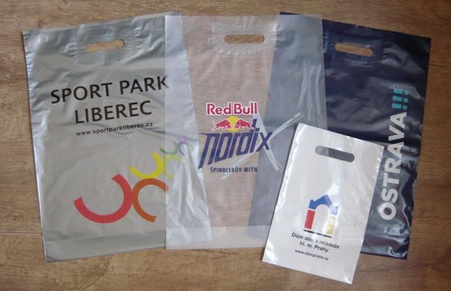 Reklamní tašky plastové papírové reklamní igelitky Liberec