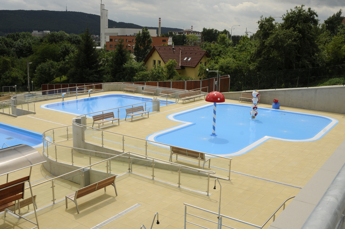 Izolace teras základů bazénů střech, Uherské Hradiště, Brod, Brno