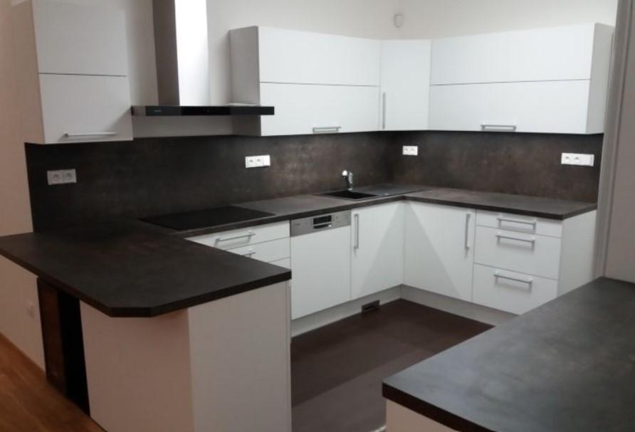 Výrobce kuchyňské linky na míru, vestavěné skříně ložnice Zlín