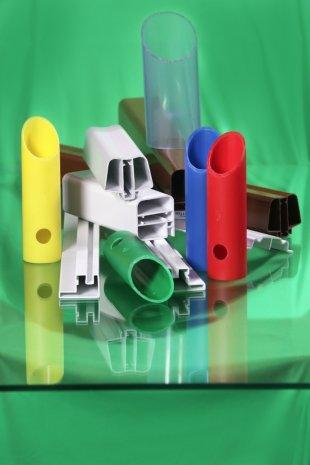 Speciální plastové hadičky, trubičky, obaly vodičů, PVC drát Zlín