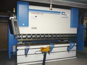 CNC hydraulický ohraňovací lis
