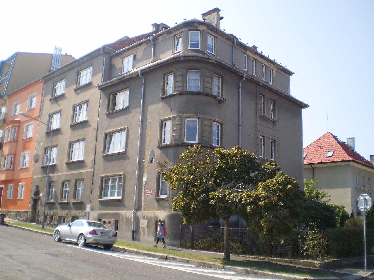 Prodej rodinných domů, chat, bytů, pozemků  v Karlovarském kraji