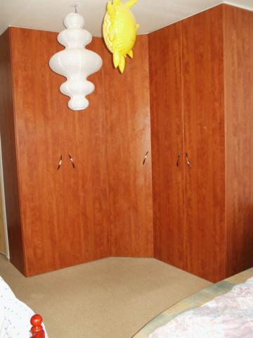 Vestavěné skříně na míru Tišnov, Blansko, Boskovice