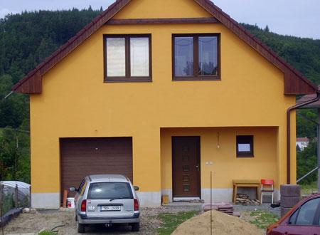 Plastová a dřevěná okna a dveře Brno