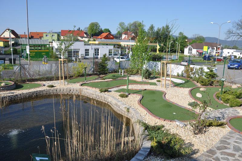 Adventure Golf Liberec golf Liberec mini golf Liberec.