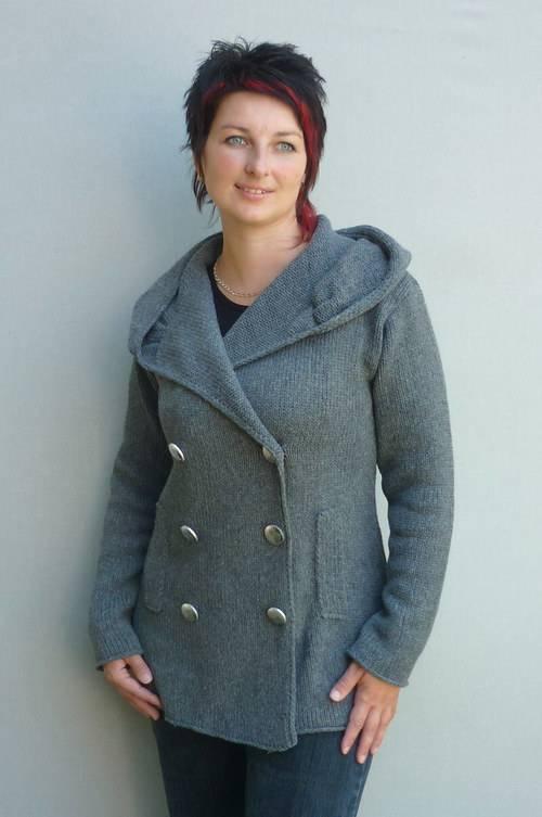 Výroba pletených oděvů, pletené módy, oděvy