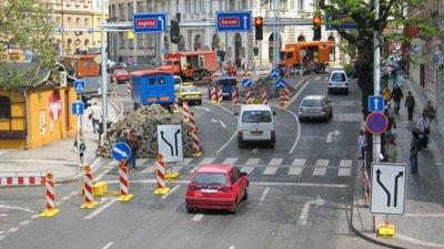 Provizorní dopravní značení a zařízení Praha -  odborná a rychlá instalace