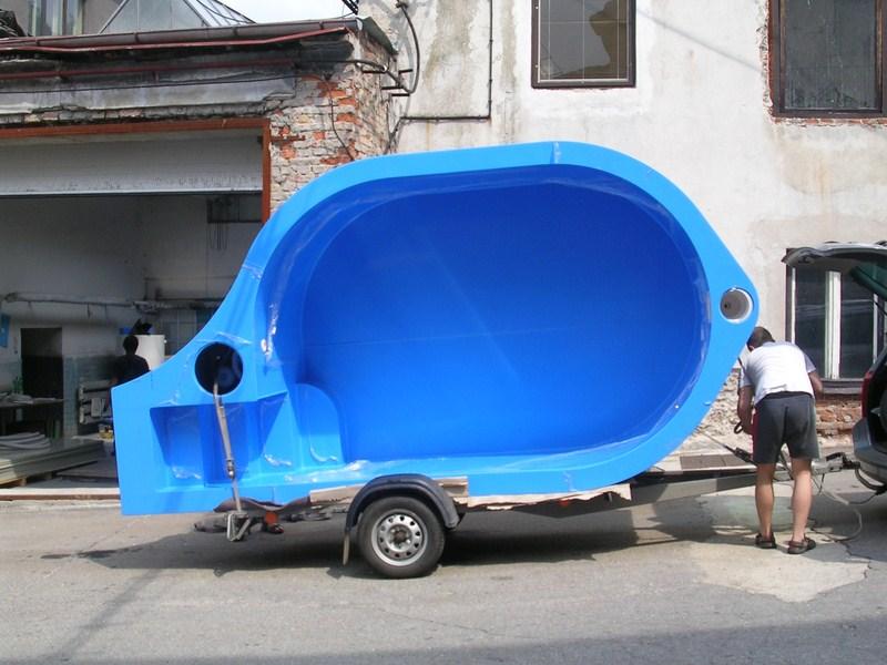 Montáž plastových bazénů, plastových nádrží a plastových beden pro rybářství a průmysl