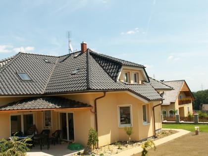 Stavba rodinných domů na klíč, hydroizolace, sanace zdiva, rekonstrukce půdních vestaveb Ostrava