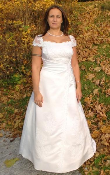 Kolekce svatebních šatů XXL