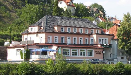 Nekuřácká restaurace Středočeský kraj ubytování v hotelu Davle pro okolí Praha
