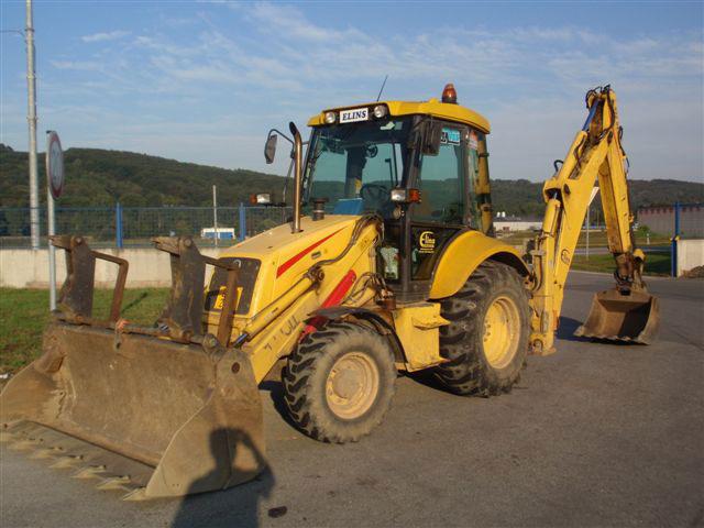 Zemní práce buldobagrem-pronájem rypadlonakladač LB 110 New Holland
