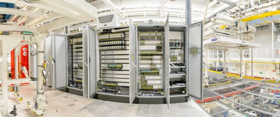 Průmyslové elektromontáže, elektroinstalace technologických zařízení