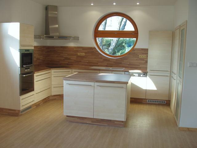 Vacula moderní kuchyně luxusní kuchyňská linka výroba na