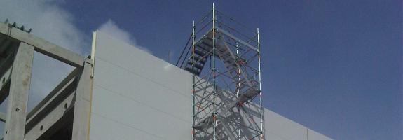 Dodávka schodišťové věže Cuplok, R-modul Ostrava, Brno