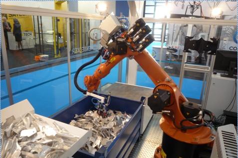 Bin picking - vybírání předmětů z kontejneru průmyslovým robotem