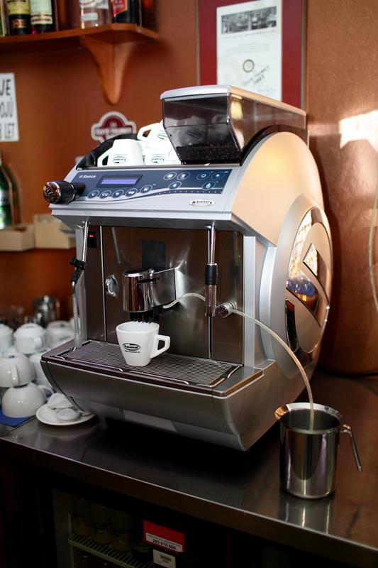 Profesionální kávovary pro cukrárny