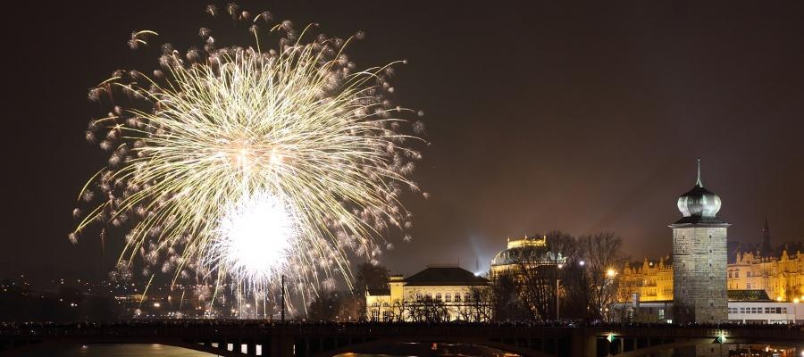 Realizace ohňostrojů - ohňostroje pro firemní akce i soukromé oslavy, Praha