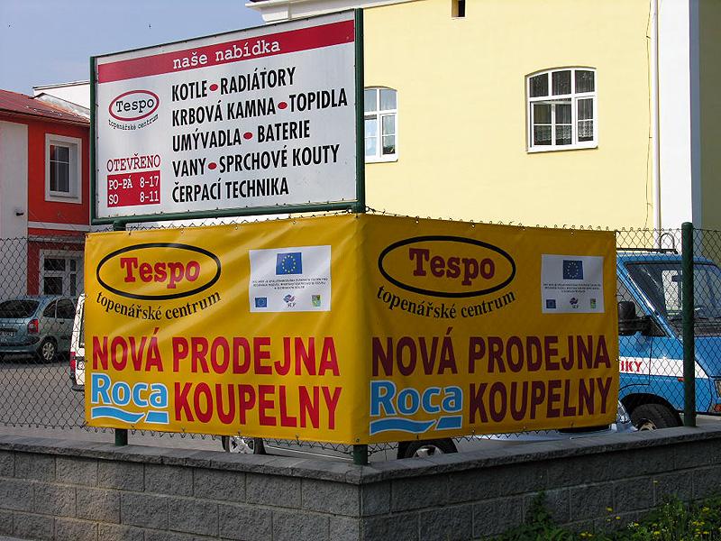 Plastové reklamní cedule, stojany, firemní štíty Šumperk