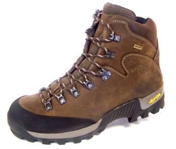 Česká trekkingová obuv