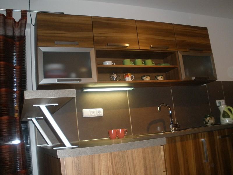 Výroba kuchyně, kuchyňské linky Znojmo, Moravský Krumlov, Miroslav