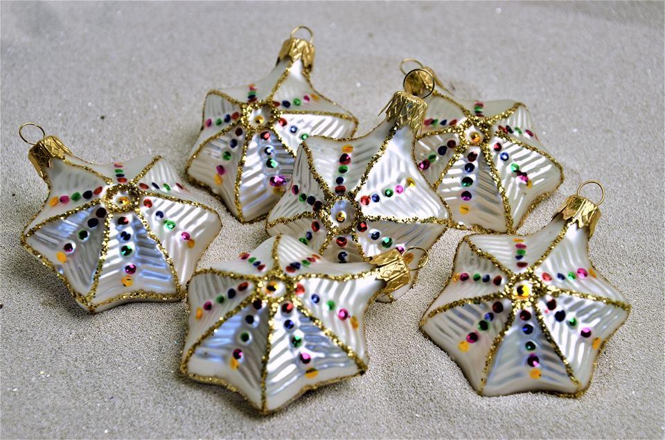 Jedinečné vánoční ozdoby v originálním a luxusním designu Vsetín