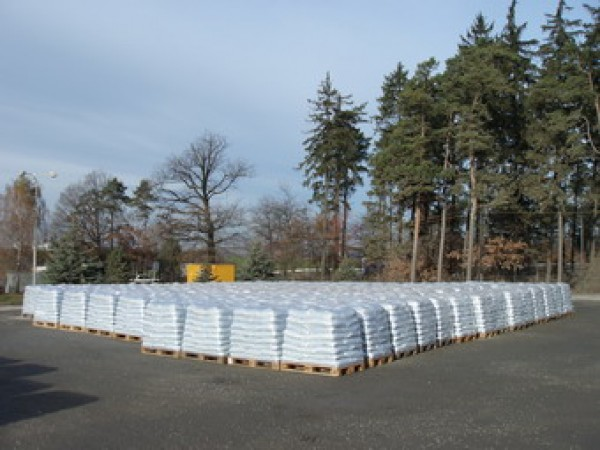 Výroba obalované směsi asfaltem, kamenivo, pro výstavbu a opravy komunikací.