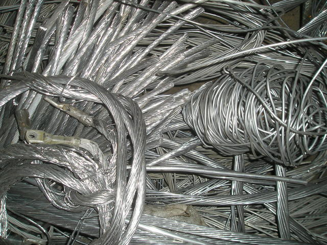 kovový odpad, kovošrot výkup Znojmo