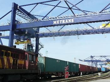 Prodej skladové námořní kontejnery
