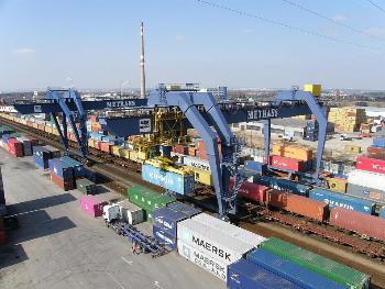 Skladové námořní kontejnery Metrans
