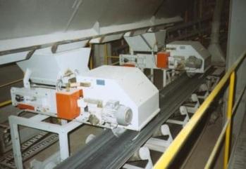 S přepravou materiálu pomohou pásové dopravníky