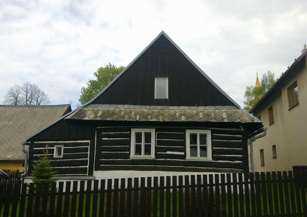 Střechy na klíč, tesařské práce i dřevostavby | Náchod