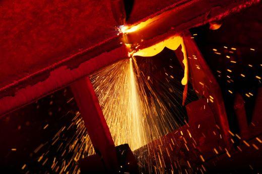 Prodej hutního materiálu, výroba ocelových plechů, tvarových výpalků Ostrava
