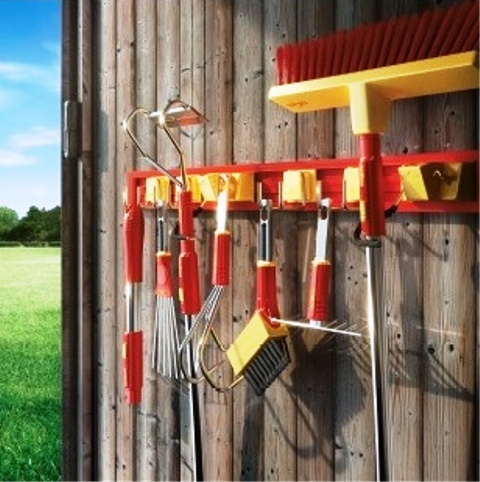 Zahradnické potřeby - zahradní technika, sortiment pro dům, zahradu, pole i dílnu