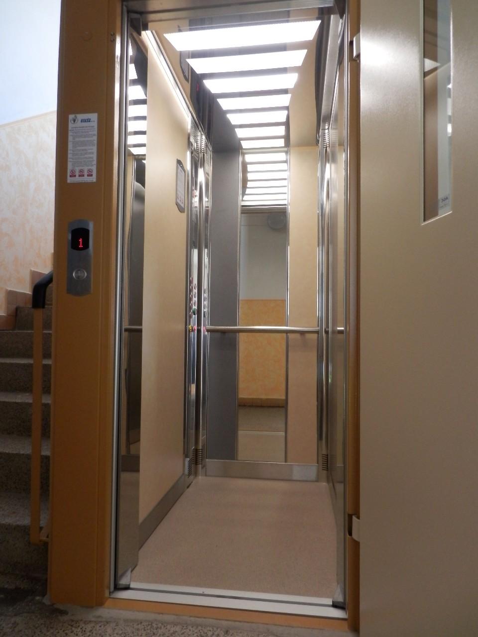 Generální opravy, servis, rekonstrukce a montáže výtahů