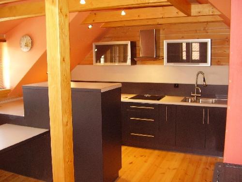 Výroba kuchyně Kostelec nábytek na míru Rychnov dřevěné stoly Kostelec