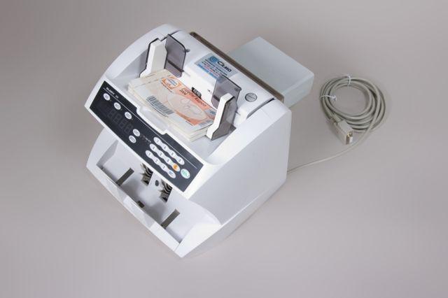 počítačka bankovek
