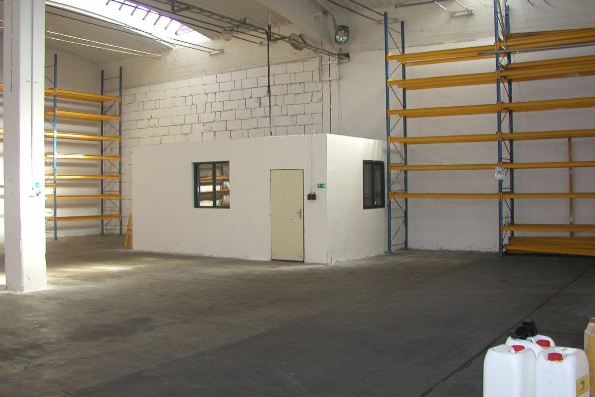 Logistické centrum Kuřim