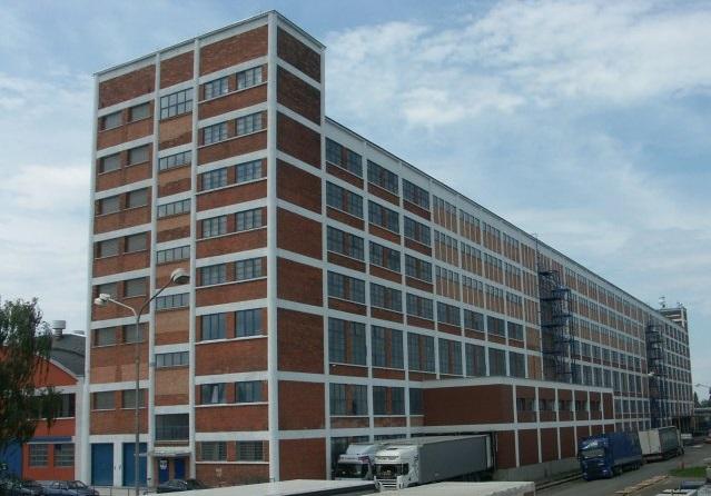 čištění a údržba budov ve výškách