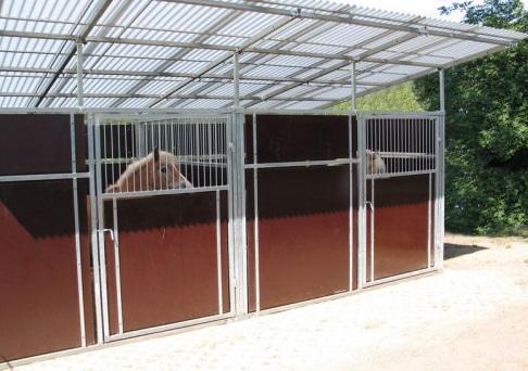 Boxy pro koně - koňské boxy přímo od českého výrobce TEROM, Kladruby