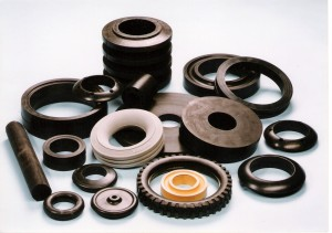 Lisování pryže pro automobilový nebo strojírenský průmysl