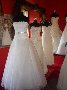 Svatební šaty šité na míru, šití šatů na zakázku Havířov